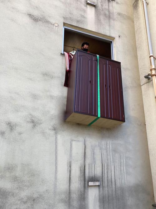 吊り作業の写真