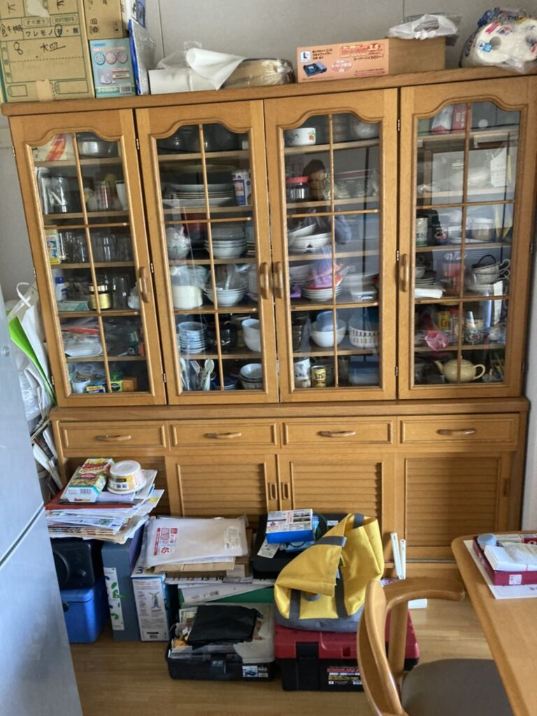 食器棚の写真